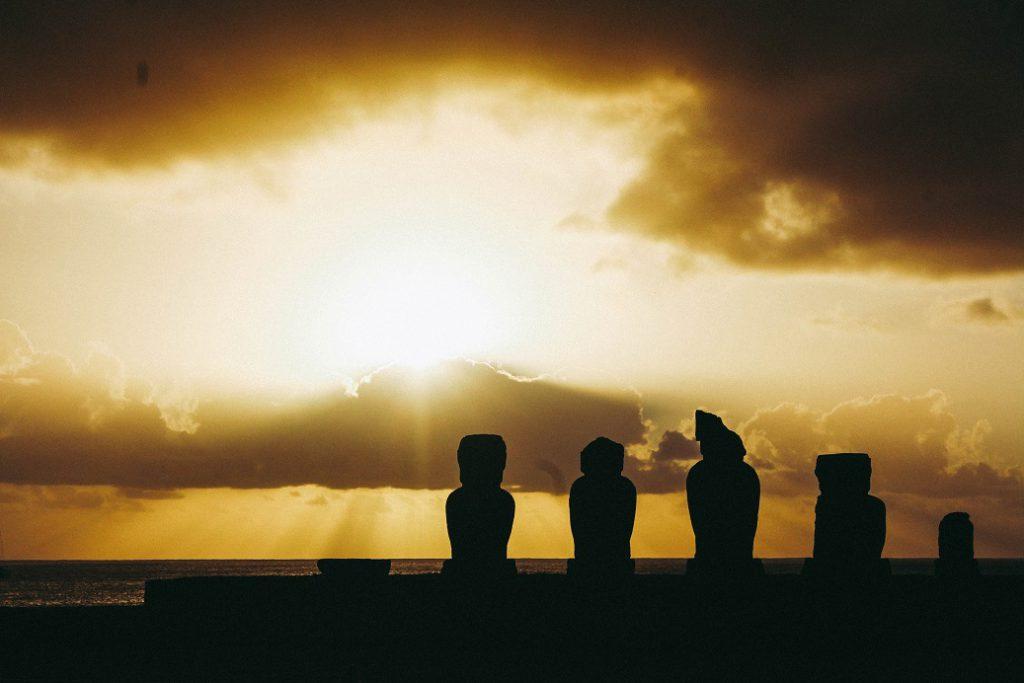 Sunset behind Ahu Tahai, Rapa Nui